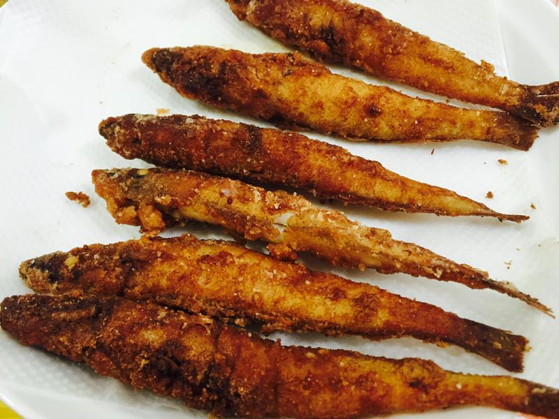 酥炸沙梭魚(又名沙腸仔)