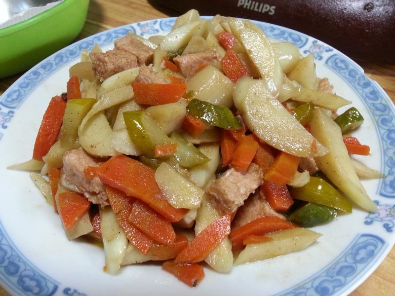 火腿素炒筊白筍~~^-^(素食)
