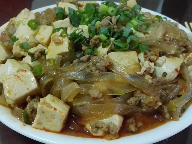 咖哩麻婆豆腐粉絲煲