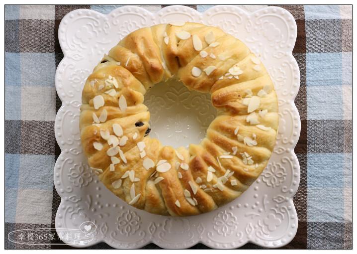 手撕煉乳葡萄乾麵包