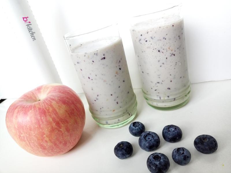 蘋果藍莓杏仁smoothie