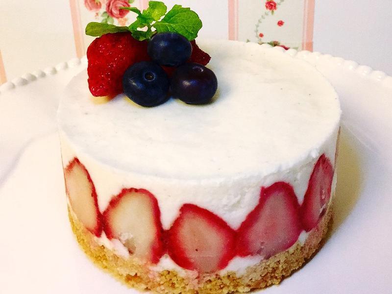 雪藏乳酪草莓蛋糕