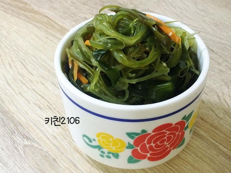 韓式小菜-炒海帶絲-미역줄기볶음