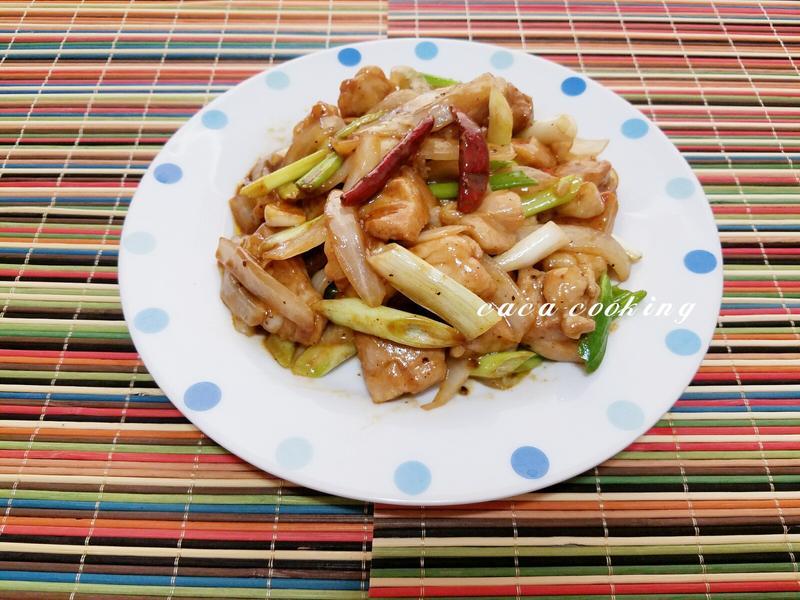 黑胡椒醬炒嫩雞