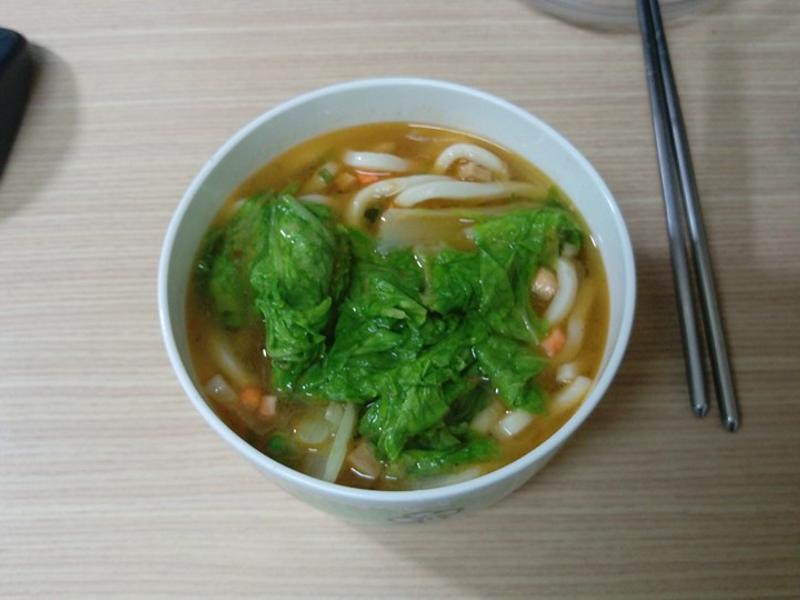 【燜燒罐燜燒杯食譜】魯肉風味小白菜烏龍麵