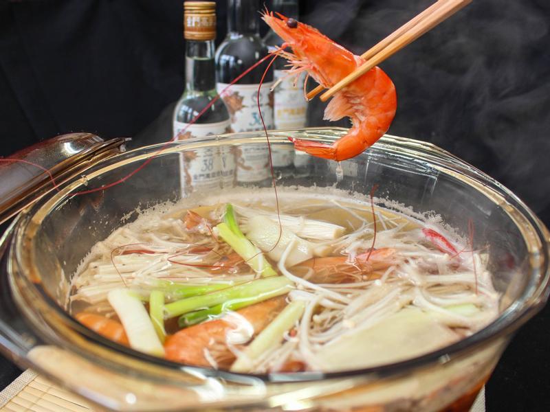酒香薰天石頭蝦