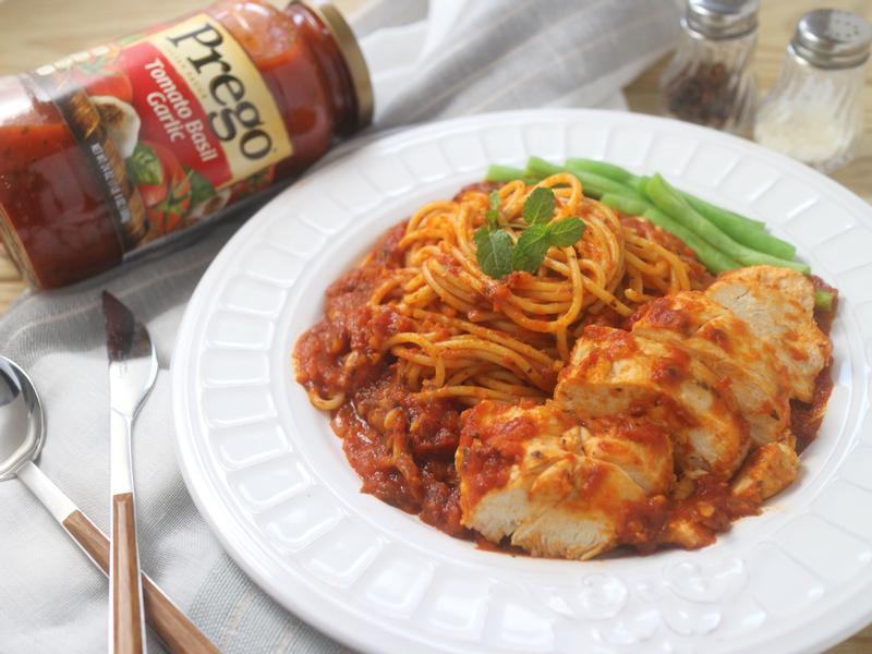 番茄羅勒烤雞義大利麵【Prego】