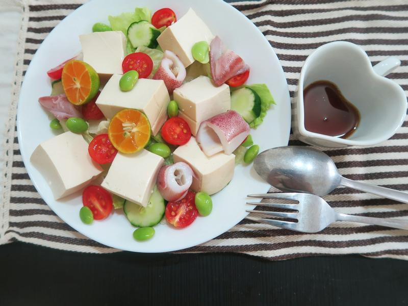 【免開火三分鐘】清爽豆腐沙拉