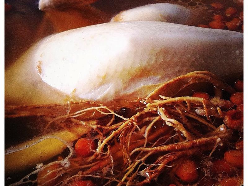 【食相】元氣黃耆蔘雞湯