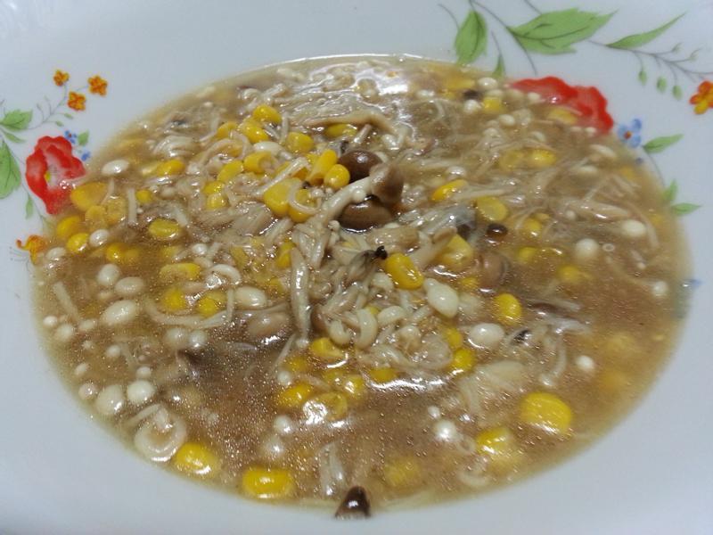 雙菇香燴甜玉米~~~^-^ (素食)