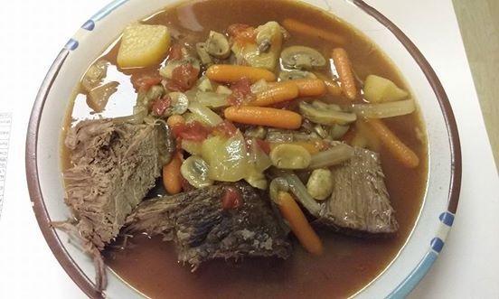 慢鍋燉牛肉(Pot Roast)