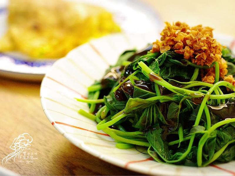 饗瘦美味-水波爐炸蒜酥