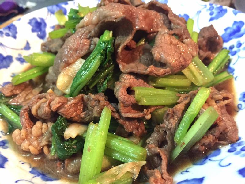 沙茶油菜炒牛肉 (好市多牛小排火鍋肉片)