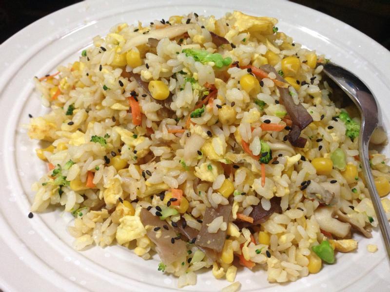 五彩蔬食蛋炒飯