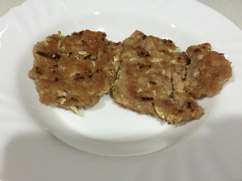 高麗菜豬肉餅