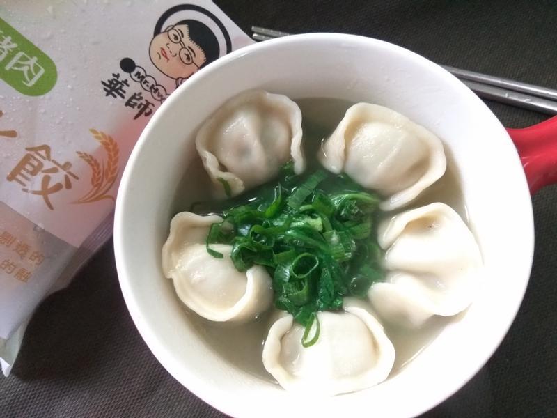 雞湯綠菜水餃【華師父水餃】