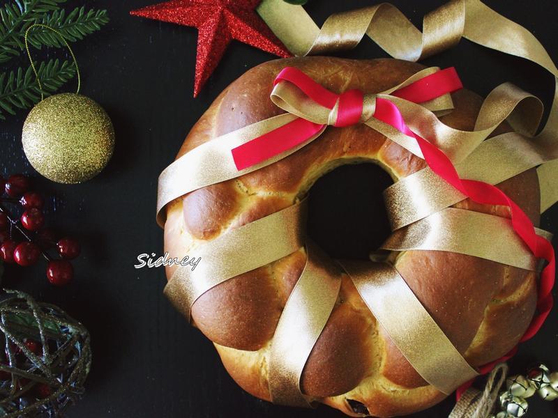 聖誕花環麵包(簡單版潘尼朵尼 )