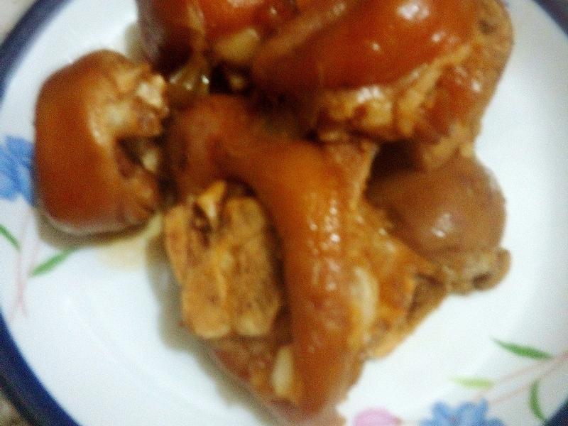 蘋果大蒜豬腳   (福壽純芝麻油玩料理)
