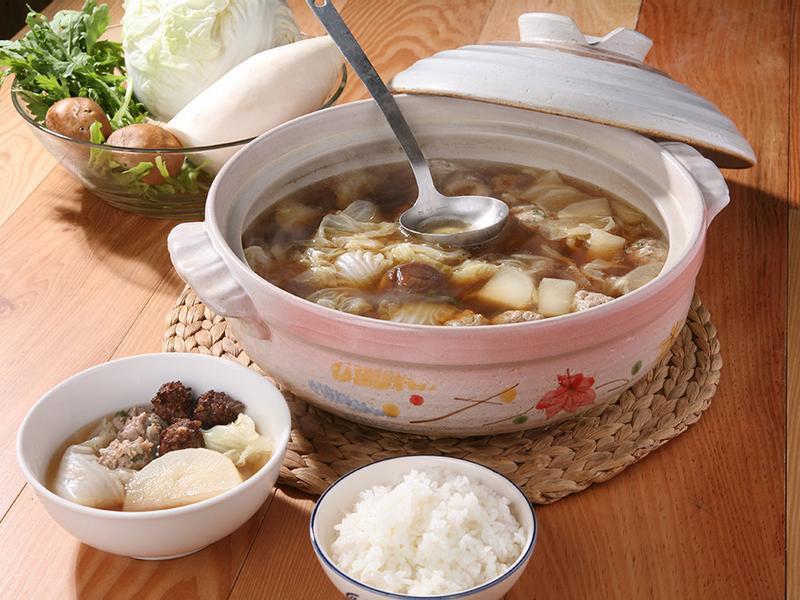 掌廚房年菜.白菜獅頭鍋