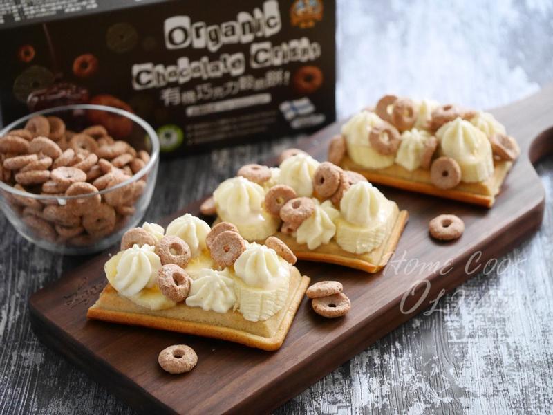 小廚娘❤香蕉鬆餅佐巧克力穀脆餅