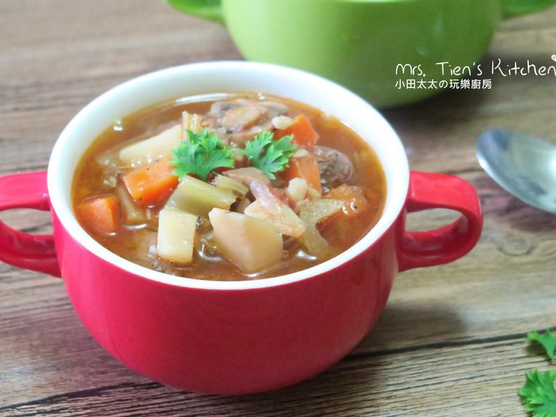 香草蔬菜牛肉湯 用電鍋燉湯簡單又方便