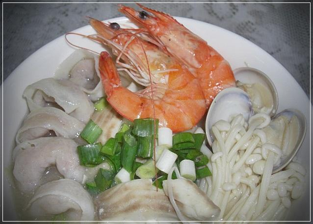 味噌魚餃鮮火鍋