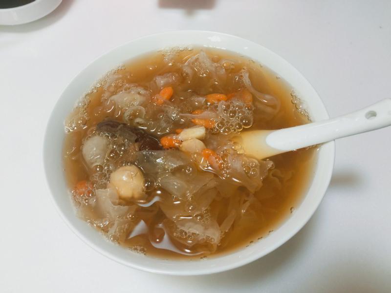 簡單上手✔️銀耳蓮子紅棗甜湯