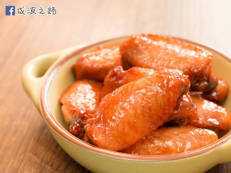 【影片】簡易食譜 - 叉燒醬烤雞翅