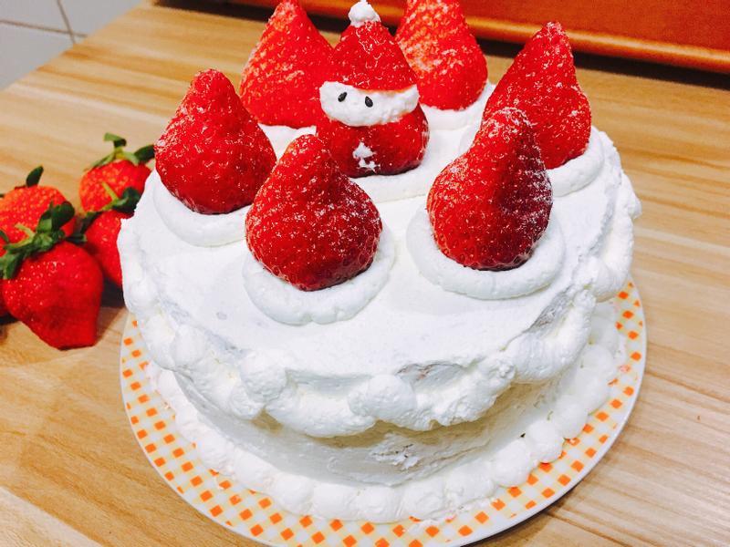 草莓鮮奶油戚風蛋糕