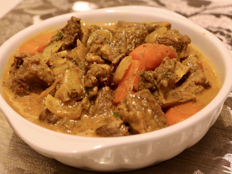 黃咖哩椰漿牛肉