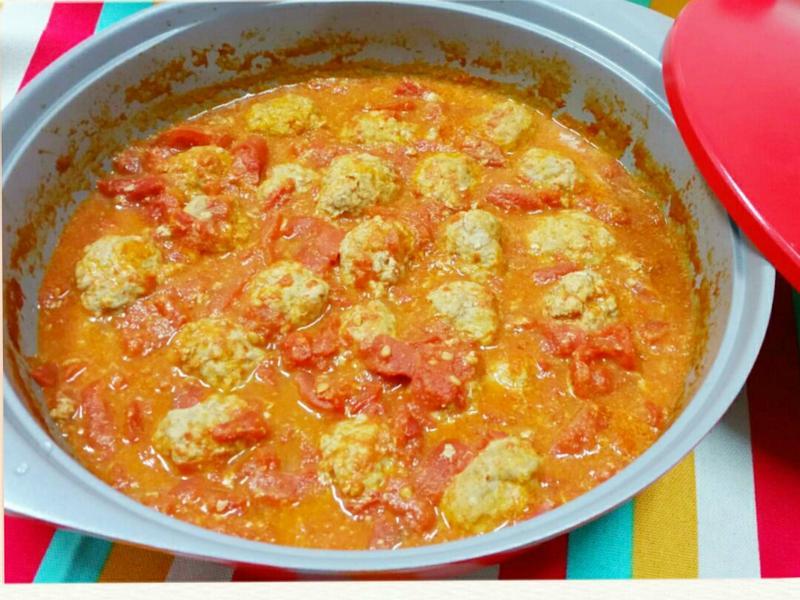 蕃茄燉肉丸子