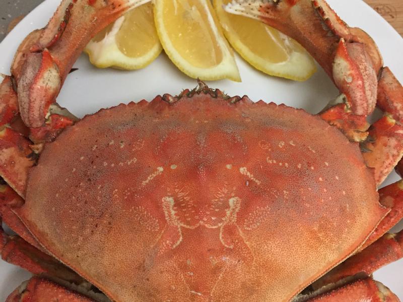 酒蒸螃蟹 Dungeness crab