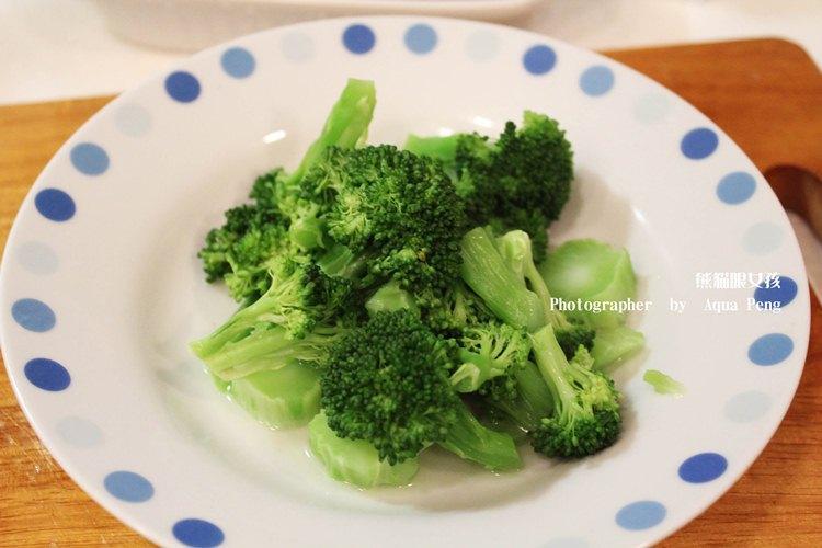 【簡單做菜_微波食譜】7分鐘快速料理 翠綠花椰菜