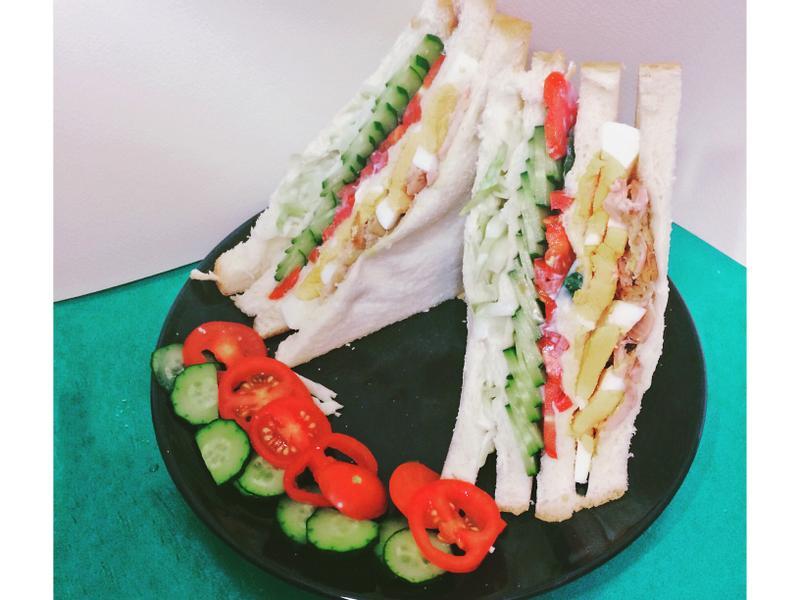 小資族外宿料理~ 烤雞三明治