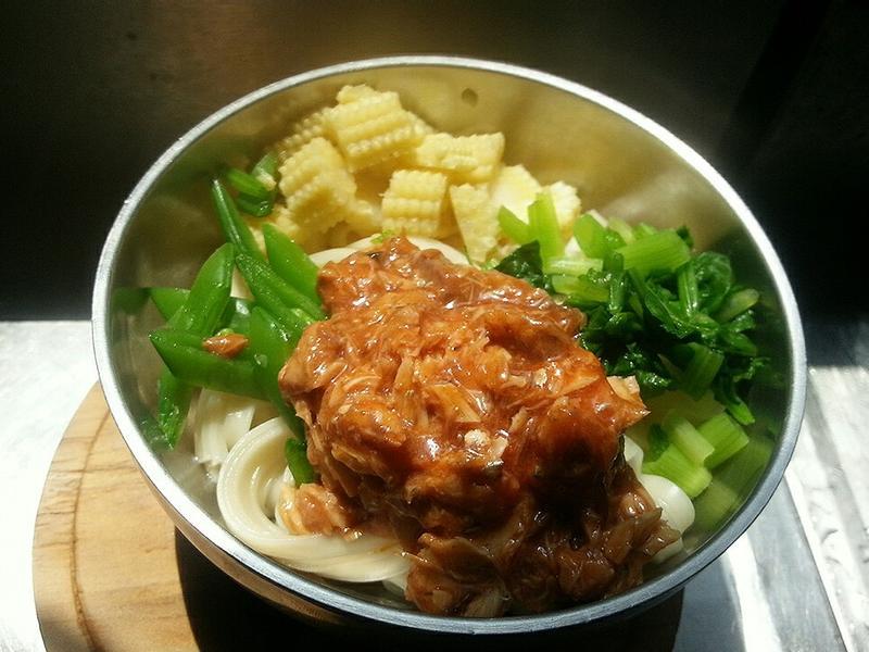 時蔬茄汁魚拌麵(簡易親子料理)