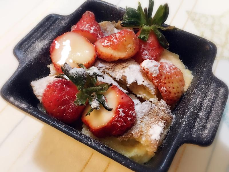麵包布丁莓果版