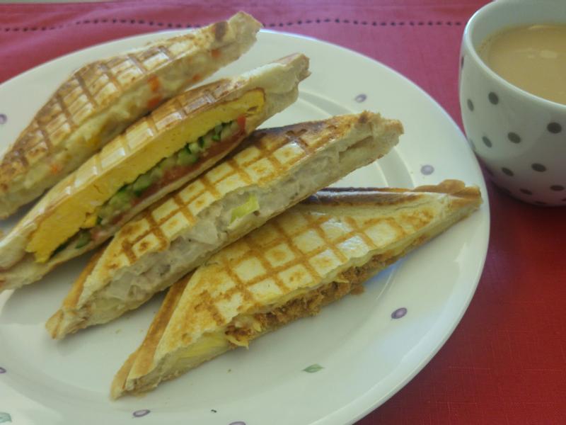 總匯三明治(鮪魚、馬鈴薯、厚蛋、起司)