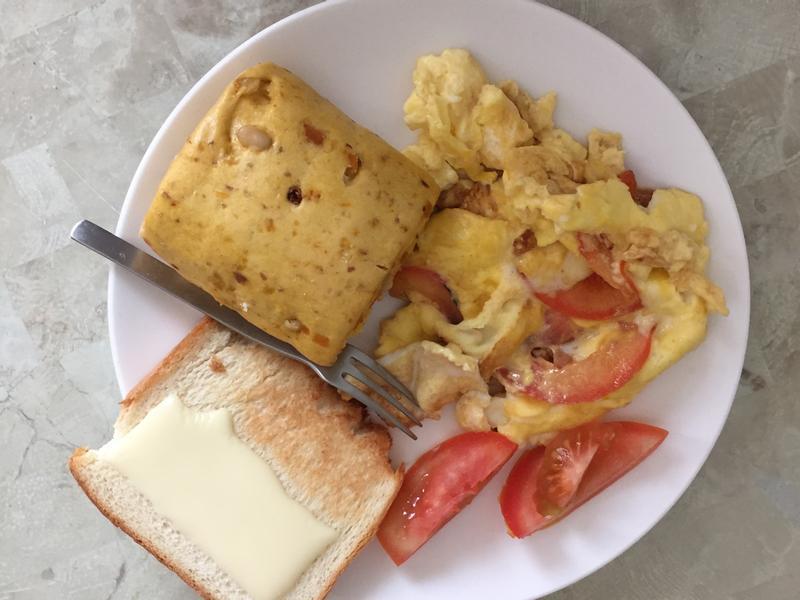 假日早午餐 番茄起司歐姆蛋