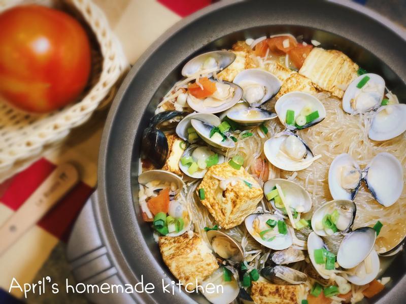 茄汁蛤蜊豆腐粉絲煲