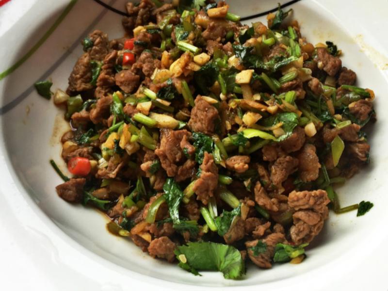 ♥ 湖南風味-香菜辣椒牛肉(絕對下飯)