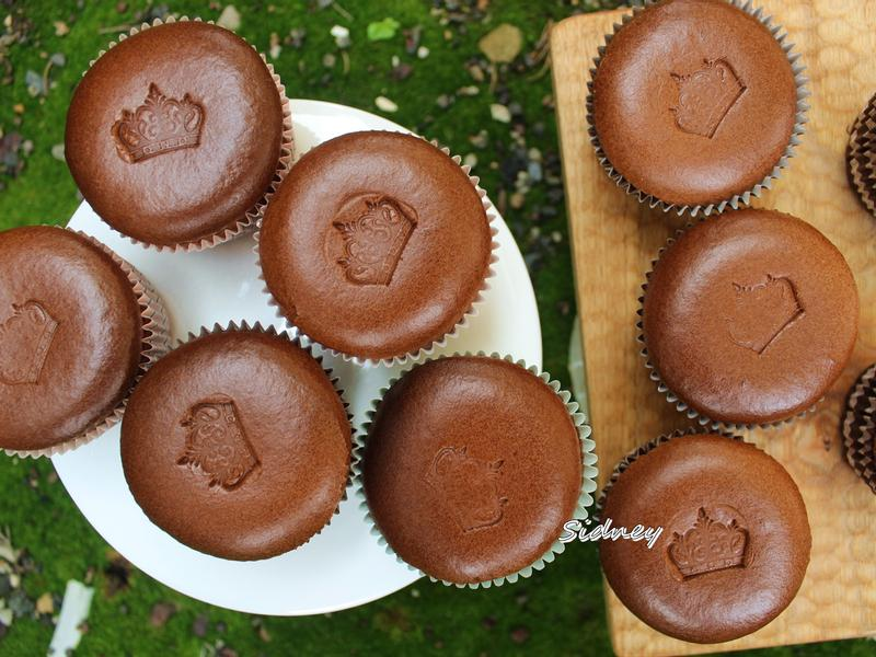 巧克力杯子蛋糕