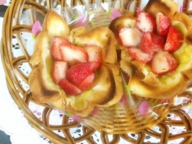 草莓布丁土司塔