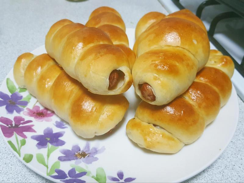 法蘭克福香腸捲熱狗包 家常烘焙。早餐