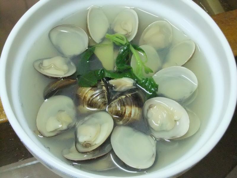 ღ小吟愛做菜ღ鮮美的蛤蠣湯