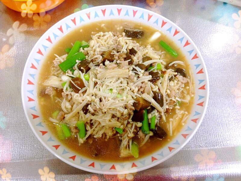 瓜仔肉炒金針菇