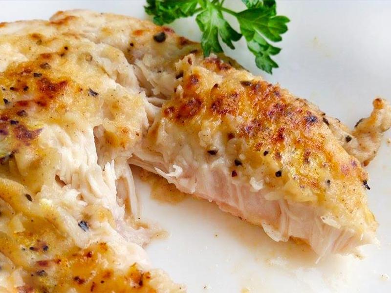 椒鹽煎雞排★鮮嫩低脂的雞胸肉料理