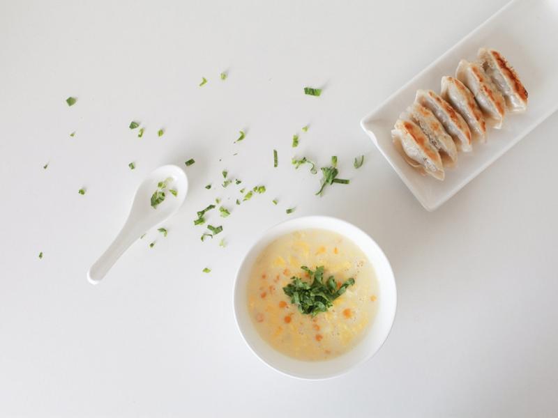 如何煎鍋貼 台式料理微食堂