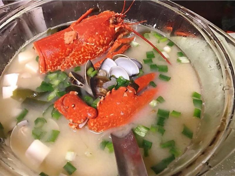 龍蝦頭味增湯