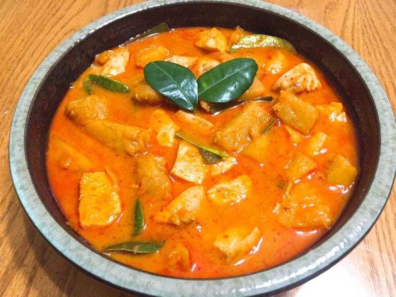 泰式鳳梨咖哩雞
