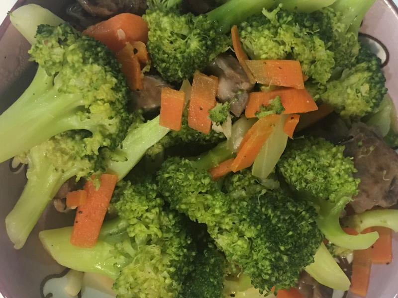 花椰菜炒紅蘿蔔